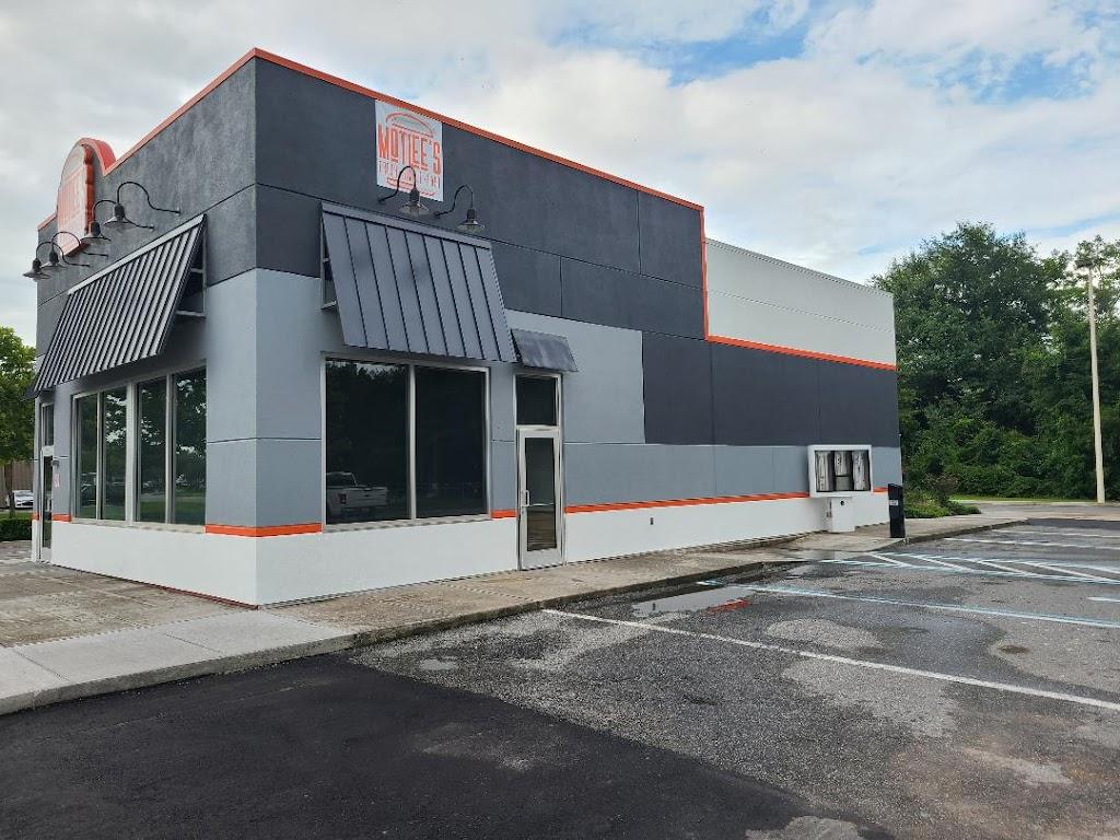 MotLees   restaurant   1485 S 6th St, Macclenny, FL 32063, USA   9043972340 OR +1 904-397-2340