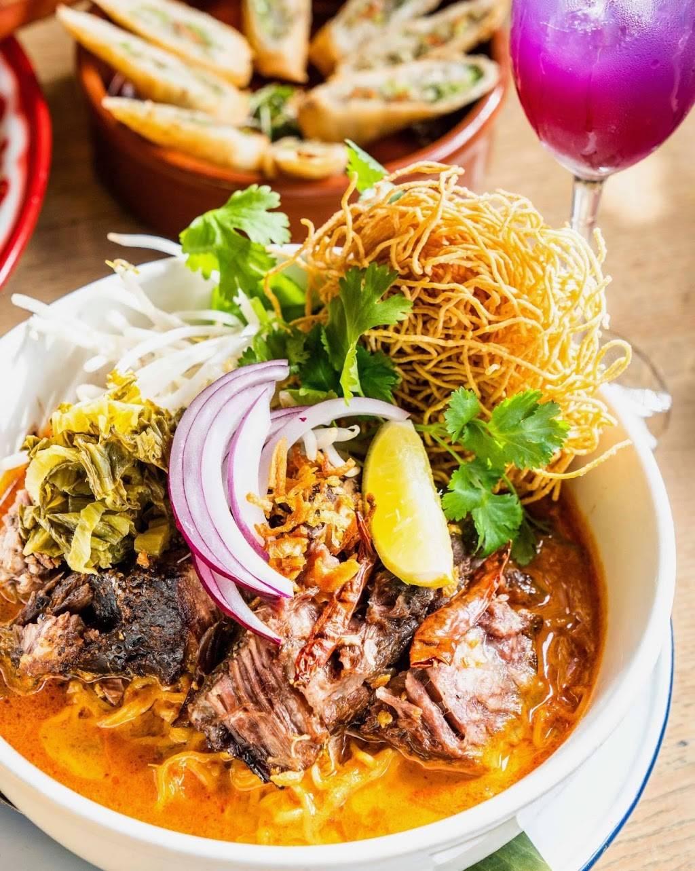 Farmhouse Kitchen Thai Cuisine | restaurant | 1165 Merrill St, Menlo Park, CA 94025, USA | 6506657935 OR +1 650-665-7935