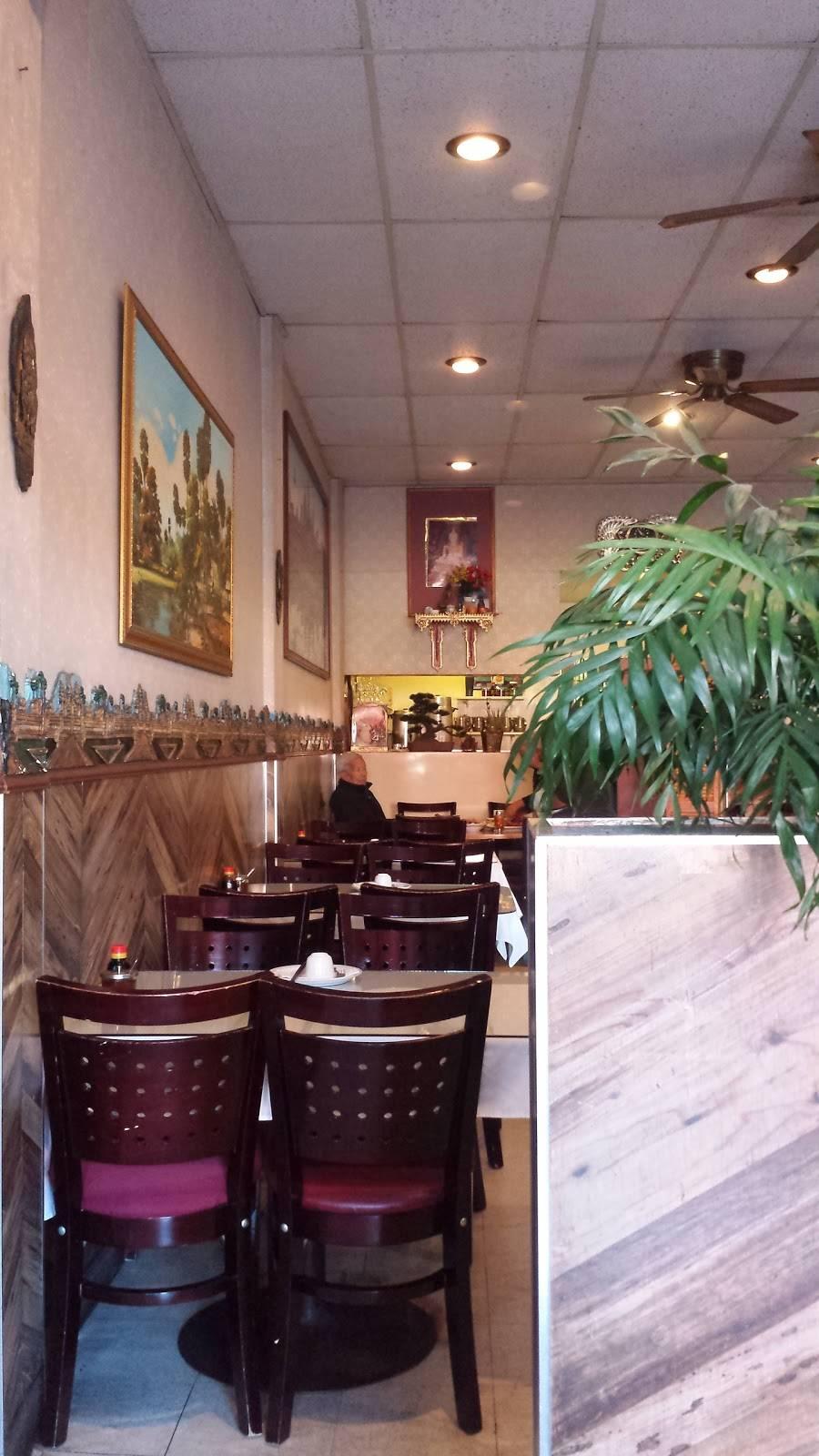 Phnom Penh House | restaurant | 1514 Webster St, Alameda, CA 94501, USA | 5108933825 OR +1 510-893-3825