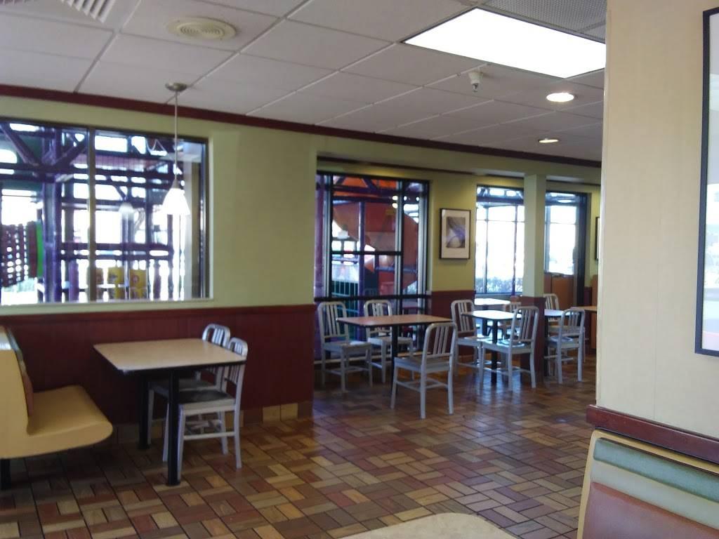 McDonalds | cafe | 2404 US-22, Union, NJ 07083, USA | 9086889066 OR +1 908-688-9066