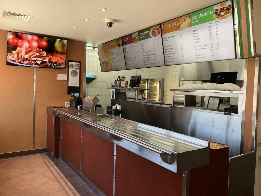 Chez Ashton | restaurant | 2301 Boulevard Guillaume-Couture, Saint-Romuald, QC G6W 2S2, Canada | 4186825617 OR +1 418-682-5617