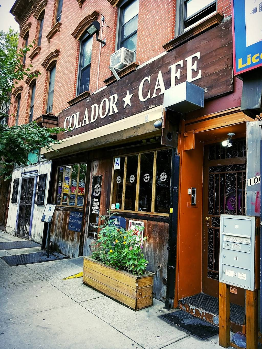 Colador Cafe | cafe | 1000 Bedford Ave, Brooklyn, NY 11205, USA | 7183991933 OR +1 718-399-1933