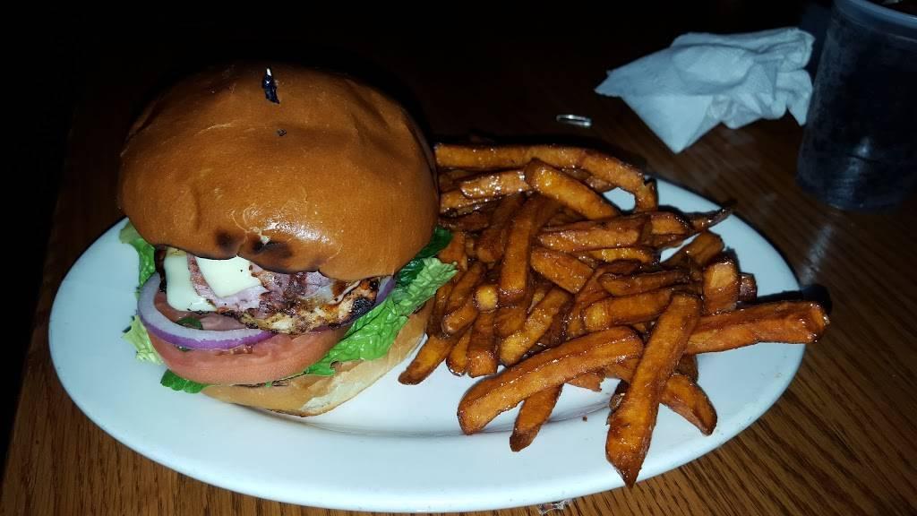 ONeills Pub & Restaurant | restaurant | 120 Washington St, Salem, MA 01970, USA | 9787408811 OR +1 978-740-8811