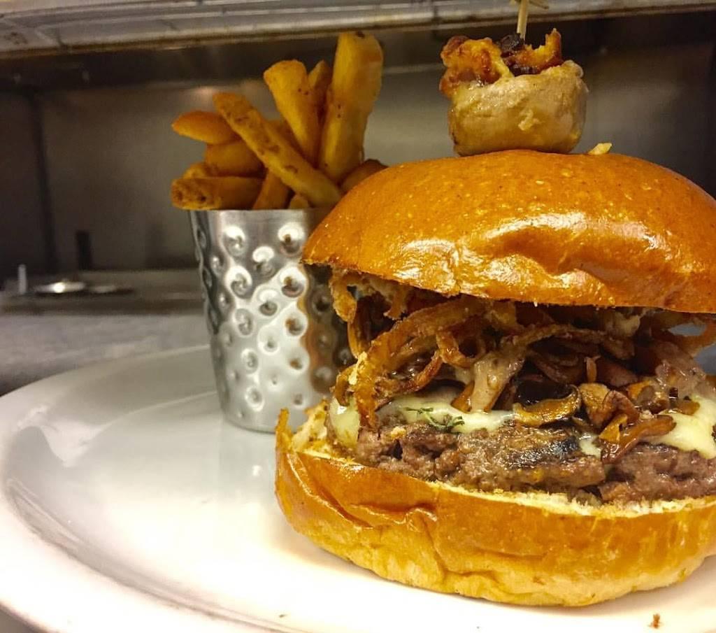 Morris Tap & Grill   restaurant   500 NJ-10, Randolph, NJ 07869, USA   9738911776 OR +1 973-891-1776
