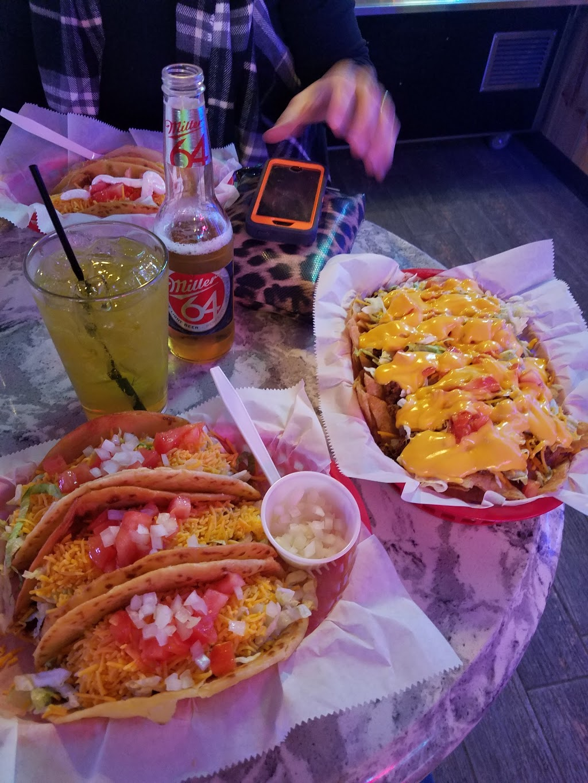 Muffys Tap | meal takeaway | 423 W Madison St, Ottawa, IL 61350, USA | 8154336839 OR +1 815-433-6839