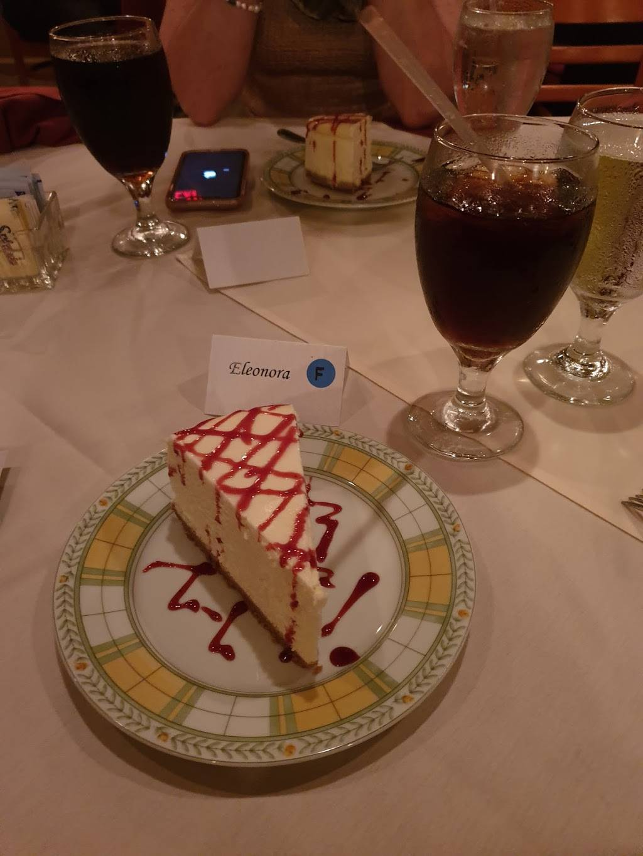 Floras Italian Cafe | restaurant | 841 William Hilton Pkwy, Hilton Head Island, SC 29928, USA | 8438428200 OR +1 843-842-8200