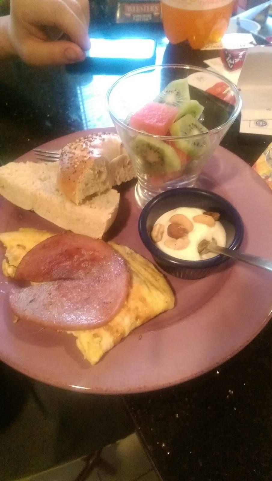 Sandellas | restaurant | 2641 John F. Kennedy Blvd, Jersey City, NJ 07306, USA | 2017617380 OR +1 201-761-7380