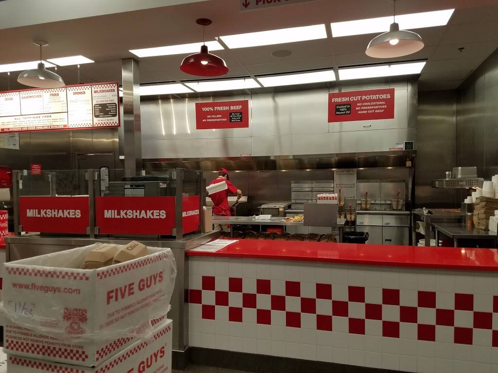 Five Guys | meal takeaway | 28 Spencer Plains Rd, Old Saybrook, CT 06475, USA | 8603918602 OR +1 860-391-8602