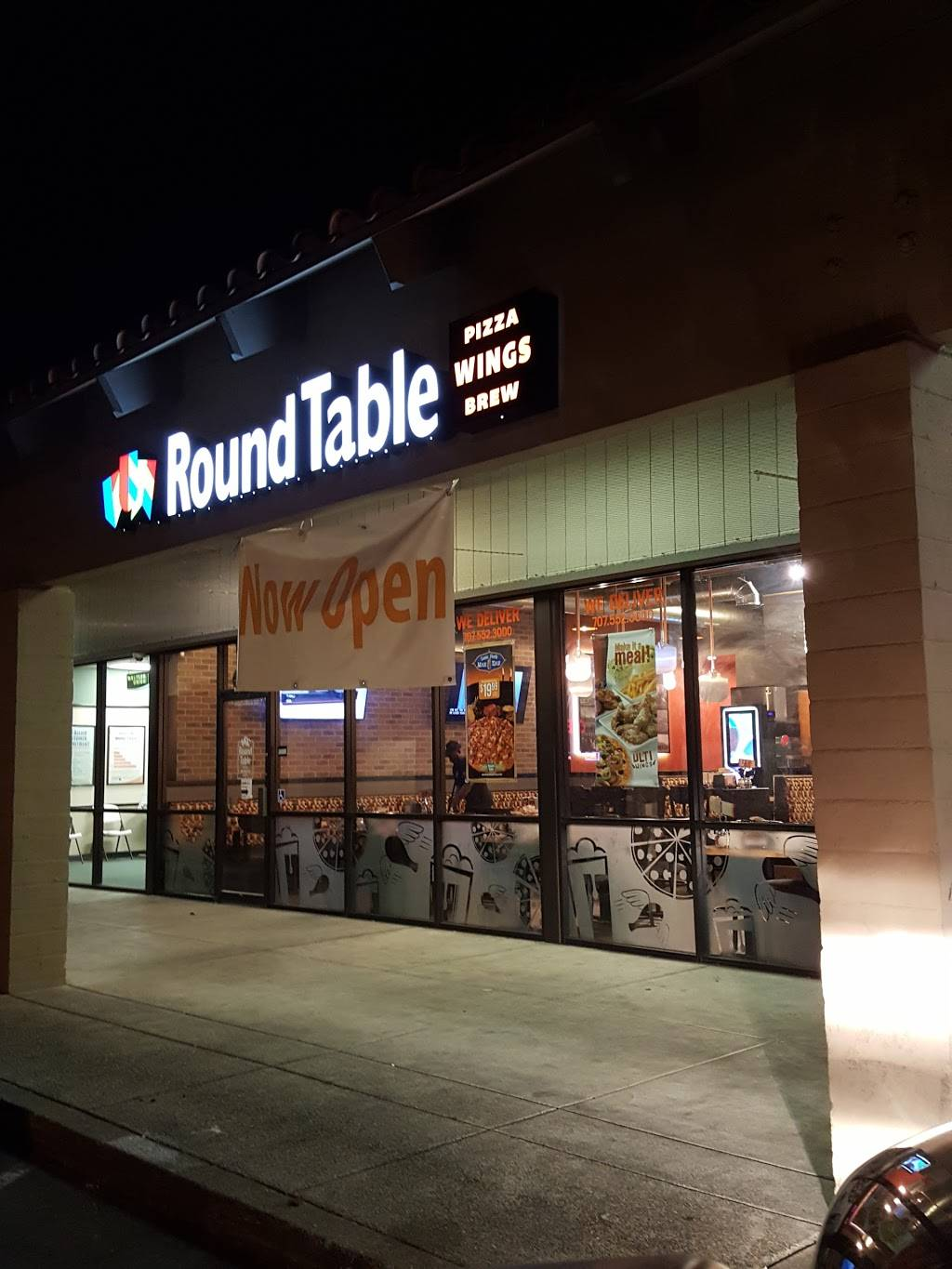 Round Table Pizza In Vallejo.Round Table Vallejo Springs Deoverslag