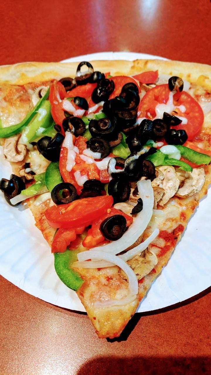 Pizza Zone | restaurant | 555 Beach St, San Francisco, CA 94133, USA | 4155673244 OR +1 415-567-3244