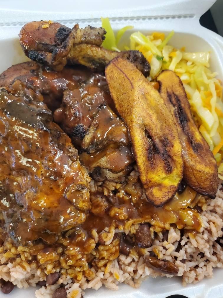 Jamaicas Best Bar & Grille | restaurant | 320 W Center St, West Bridgewater, MA 02379, USA | 5088571563 OR +1 508-857-1563