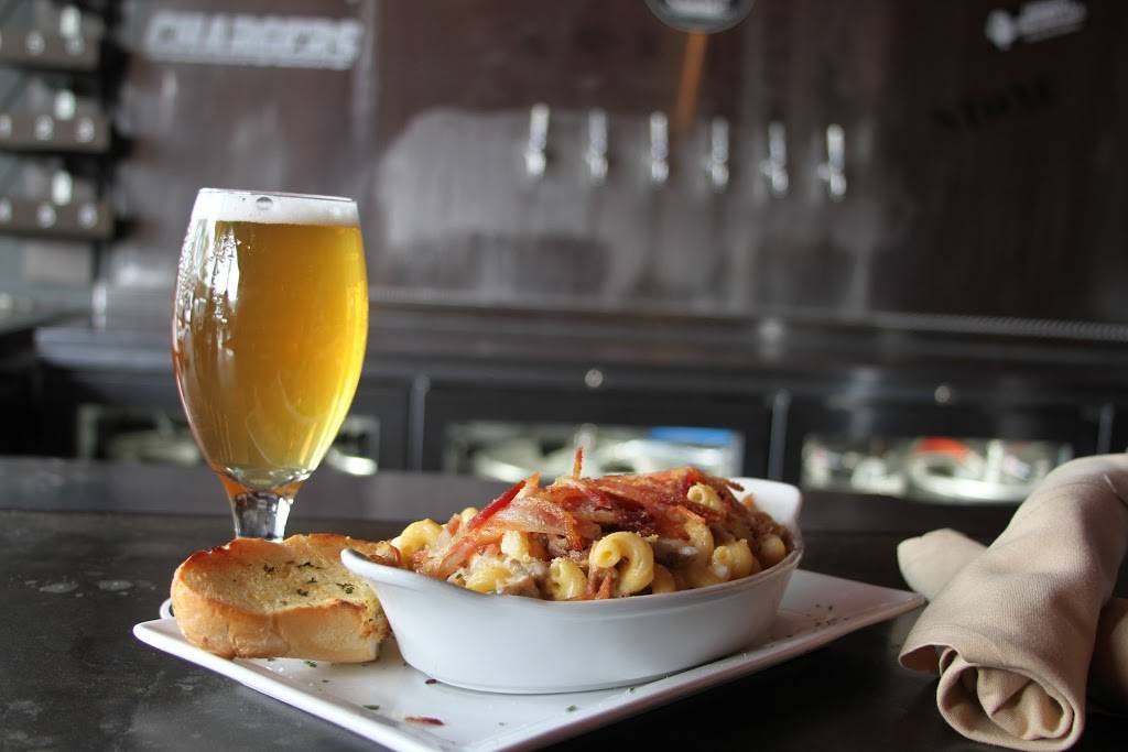 SD TapRoom   meal delivery   1269 Garnet Ave, San Diego, CA 92109, USA   8582741010 OR +1 858-274-1010