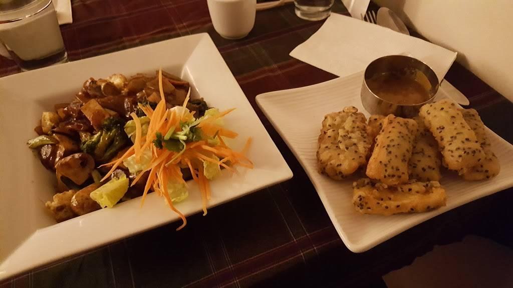 May Kaidee NYC | restaurant | 215 E Broadway, New York, NY 10002, USA | 2124481200 OR +1 212-448-1200