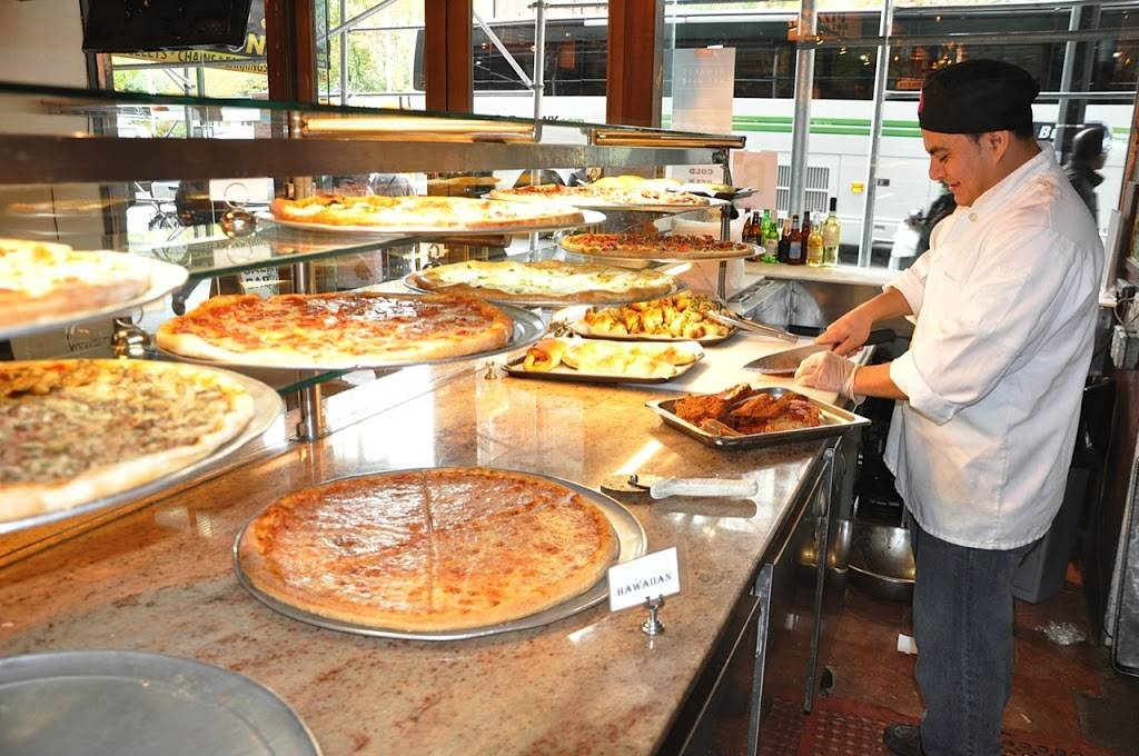 225 Bistro Oliva   meal delivery   225 Broadway, New York, NY 10007, USA   2129644496 OR +1 212-964-4496