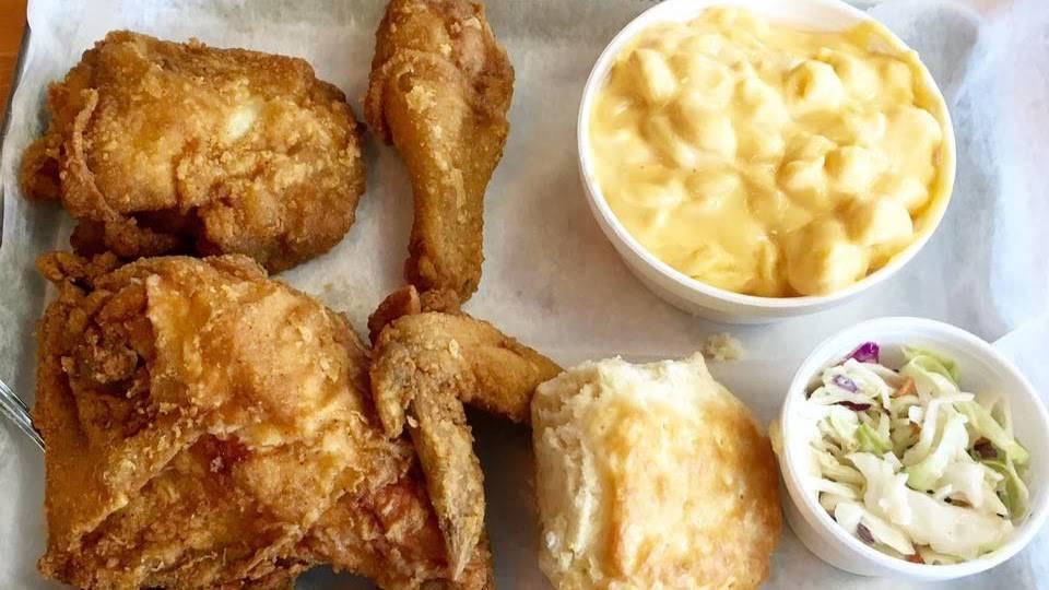 The Blue Hen | restaurant | 271 US-6, Mahopac, NY 10541, USA | 8455192268 OR +1 845-519-2268