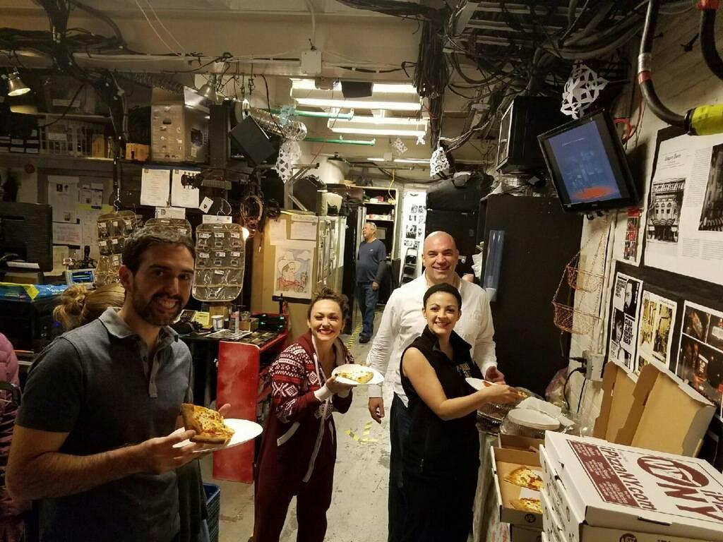 iPizzaNY | restaurant | 232 Willis Ave, Bronx, NY 10454, USA | 9176319262 OR +1 917-631-9262