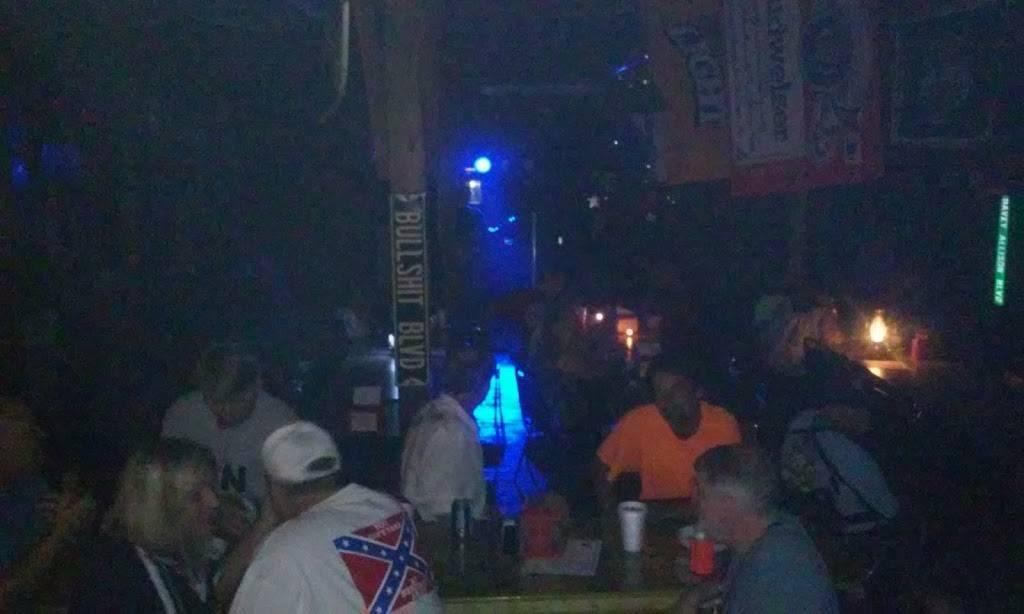 River Cafe Sports Bar | restaurant | 7749 Smith Camp Rd, Adger, AL 35006, USA | 2054919946 OR +1 205-491-9946