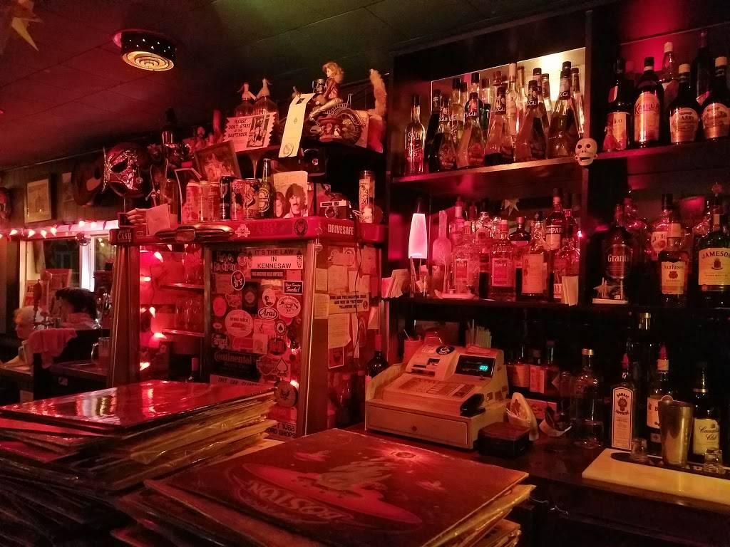 The Gem Bar & Grill | restaurant | 1159 Davenport Rd, Toronto, ON M6H 2G5, Canada | 5198001184 OR +1 519-800-1184