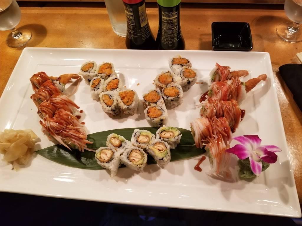 Stingray Sushi Bar + Asian Grill | restaurant | 59 Lake Ave, Rehoboth Beach, DE 19971, USA | 3022276476 OR +1 302-227-6476