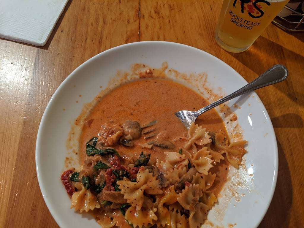 Firehouse Brew and Grill   restaurant   611 Escobar St, Martinez, CA 94553, USA