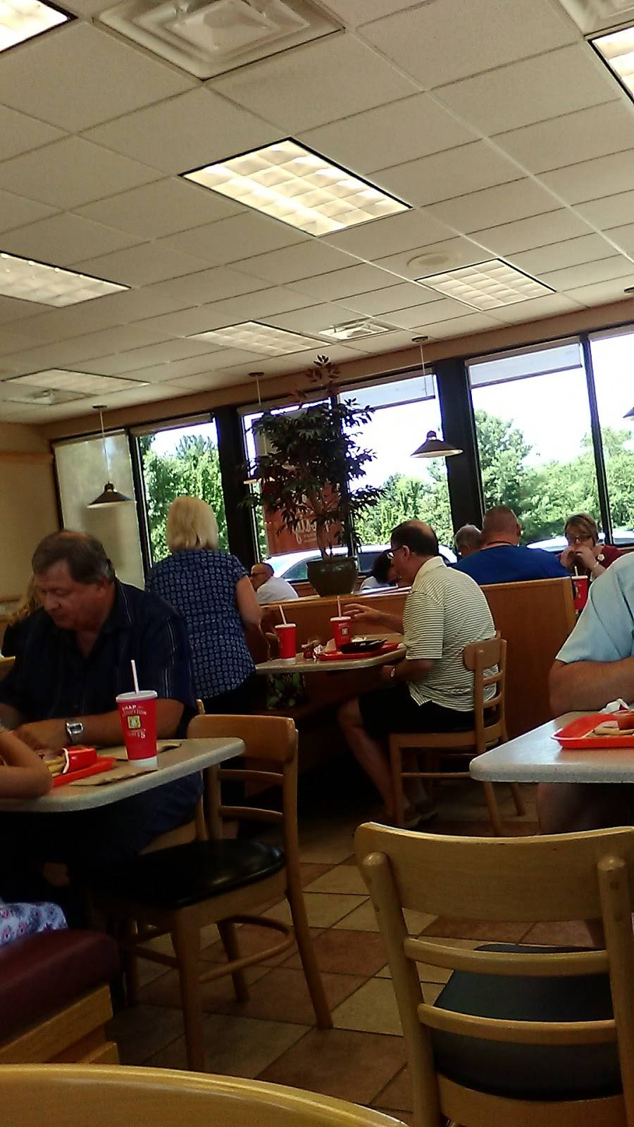 Wendy S Restaurant 120 Harper Park Dr Beckley Wv