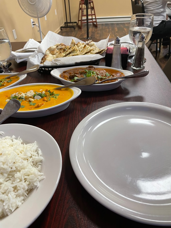 Vintage India   restaurant   14423 Detroit Ave, Lakewood, OH 44107, USA   4408570639 OR +1 440-857-0639