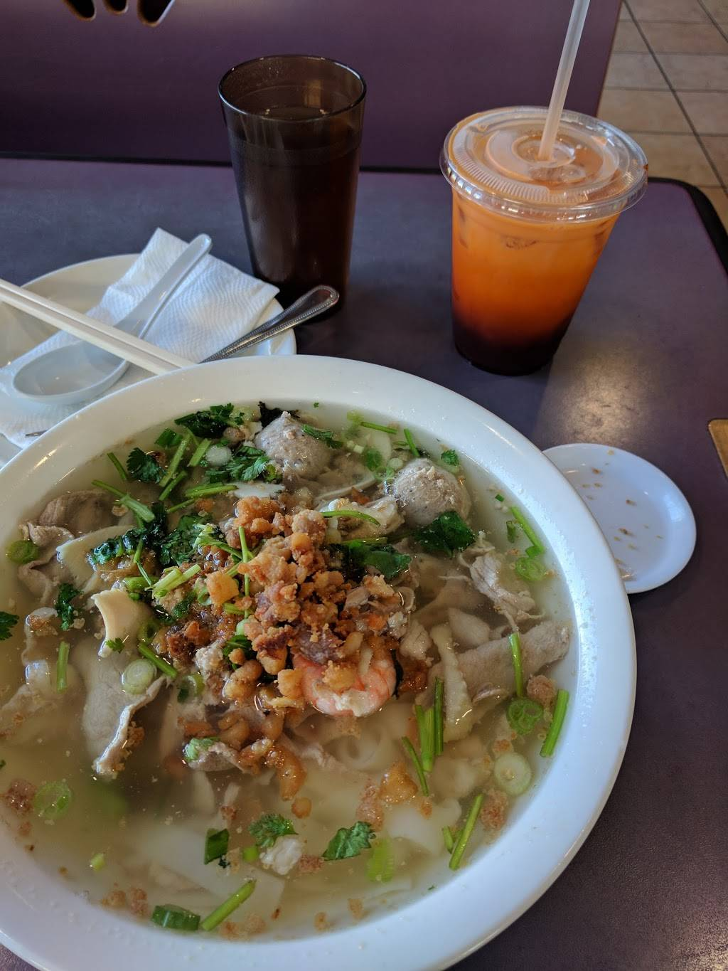 Red Bowl Noodles | restaurant | 6917 Mission St, Daly City, CA 94014, USA | 6509948886 OR +1 650-994-8886
