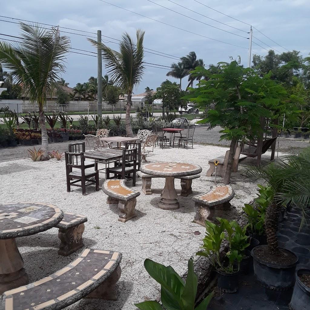 El Kiosco Food & More | restaurant | 15196 SW 184th St, Miami, FL 33187, USA | 7867921281 OR +1 786-792-1281