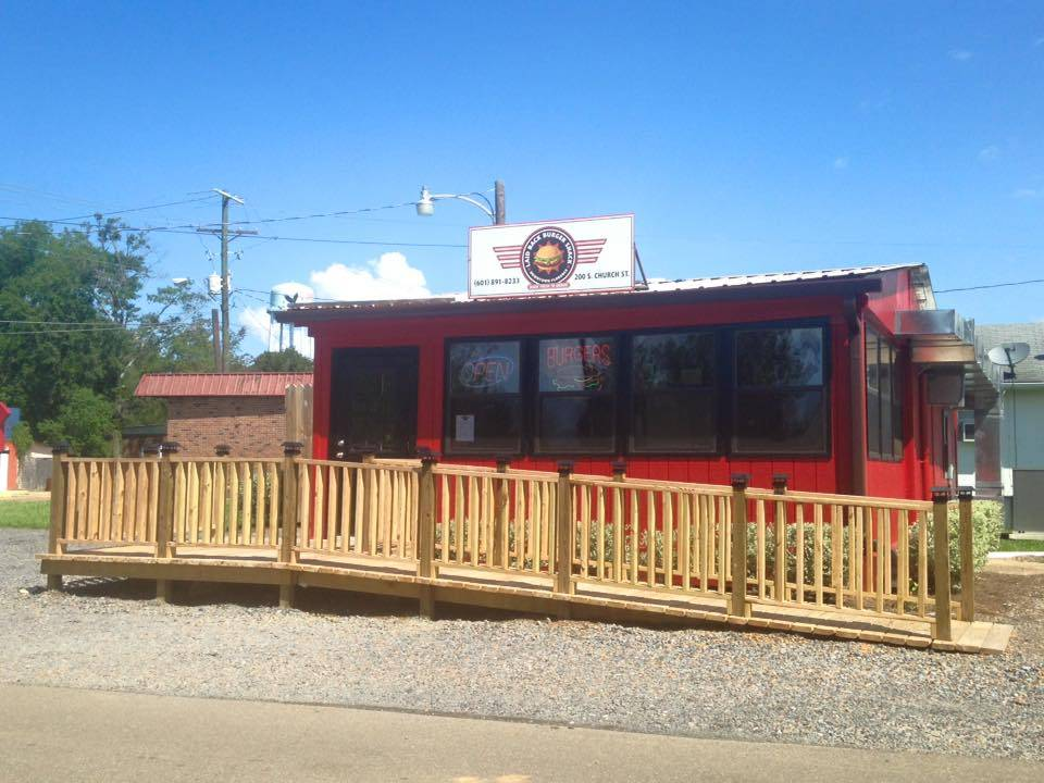 Laid Back Burger Shack | restaurant | 200 S Church St, Florence, MS 39073, USA | 6018918233 OR +1 601-891-8233