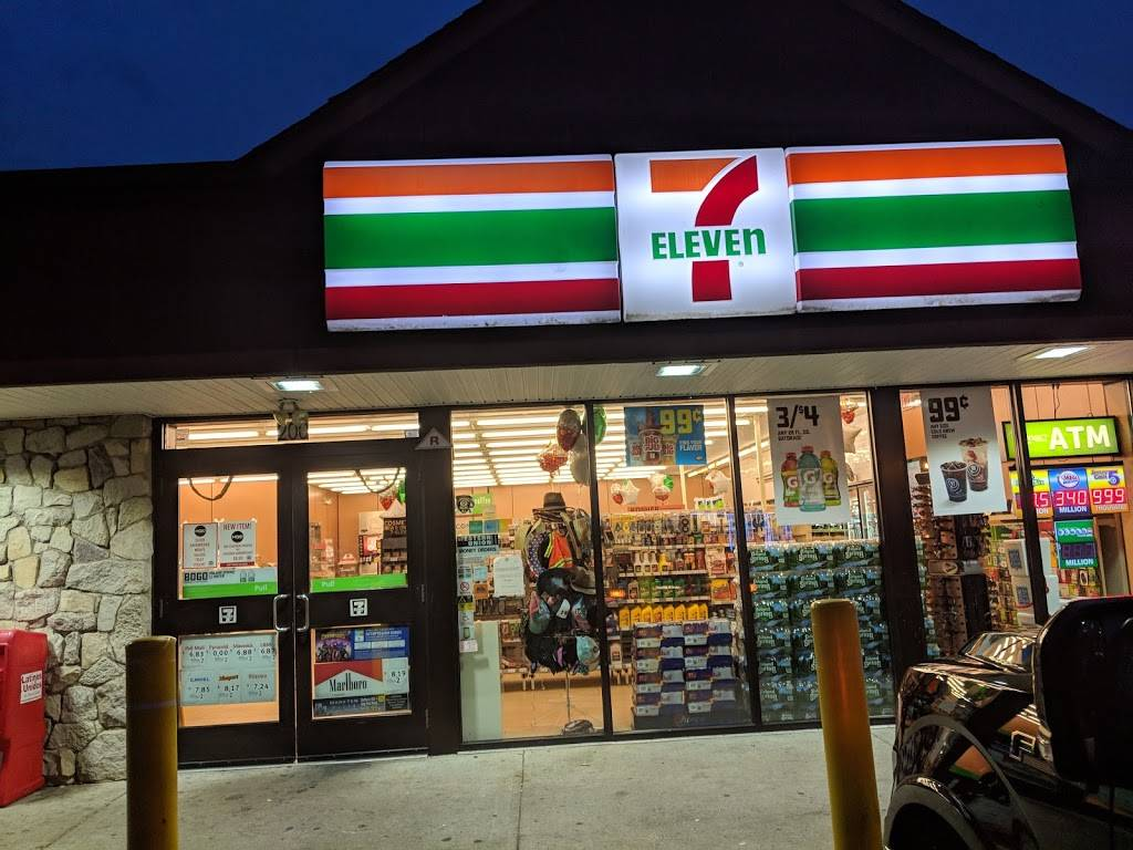 7-Eleven | bakery | 200 River Ave, Lakewood, NJ 08701, USA | 7329010398 OR +1 732-901-0398