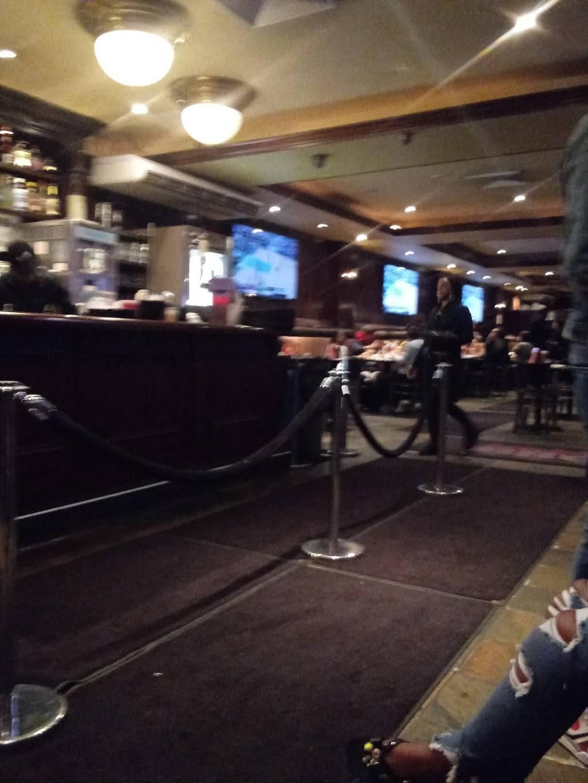 Broadway Coffee Shop Chicken & Pizza | restaurant | 691 Broadway, Brooklyn, NY 11206, USA | 7183877780 OR +1 718-387-7780