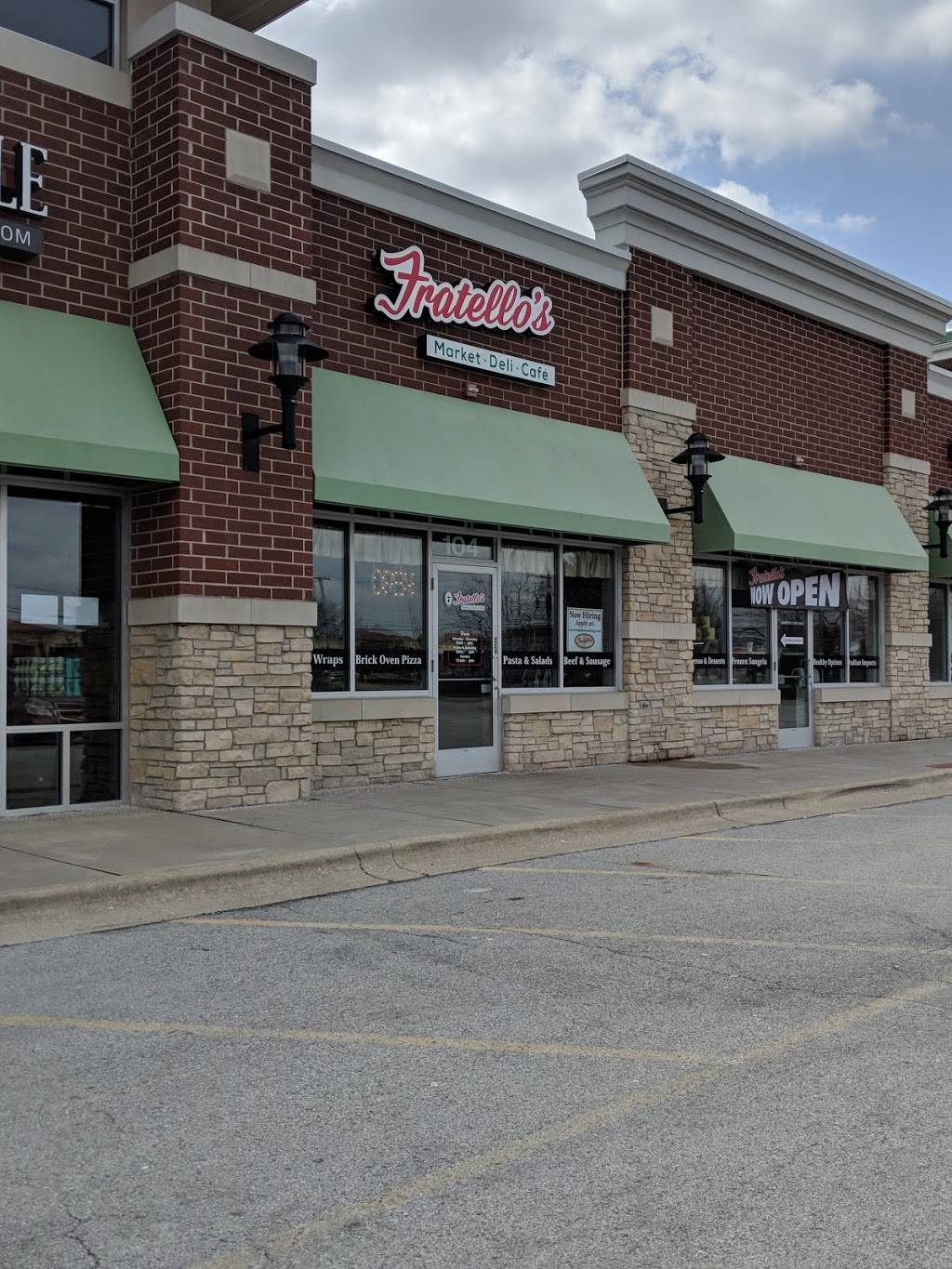 Fratellos Deli & Cafe   restaurant   7101 183rd St #104, Tinley Park, IL 60477, USA   7088642777 OR +1 708-864-2777