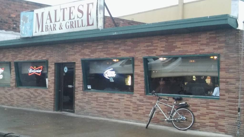 Maltese Tavern Bar & Grill | restaurant | 100 Pine St, Kelso, WA 98626, USA | 3605779993 OR +1 360-577-9993