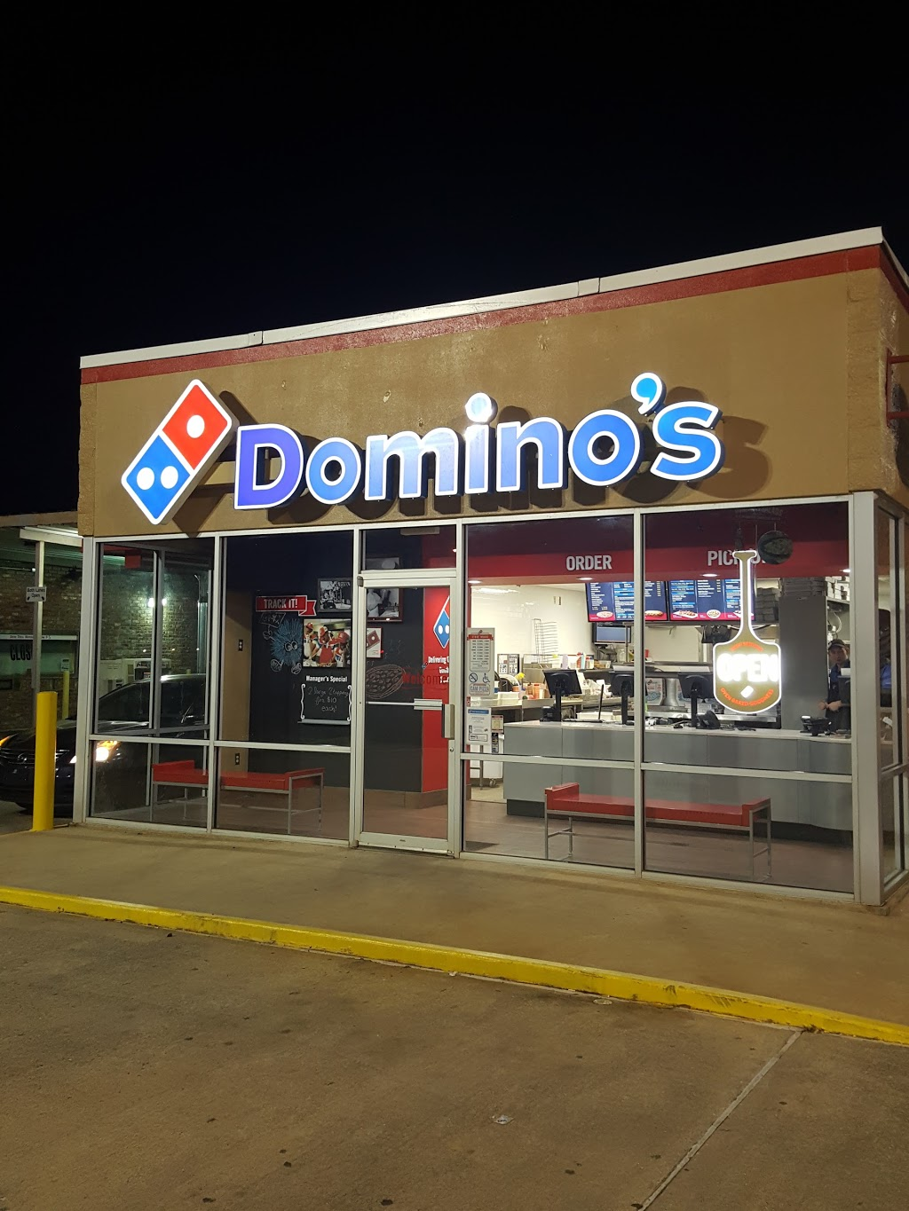 Dominos Pizza   meal delivery   995 Tech Dr, Ruston, LA 71270, USA   3182513030 OR +1 318-251-3030