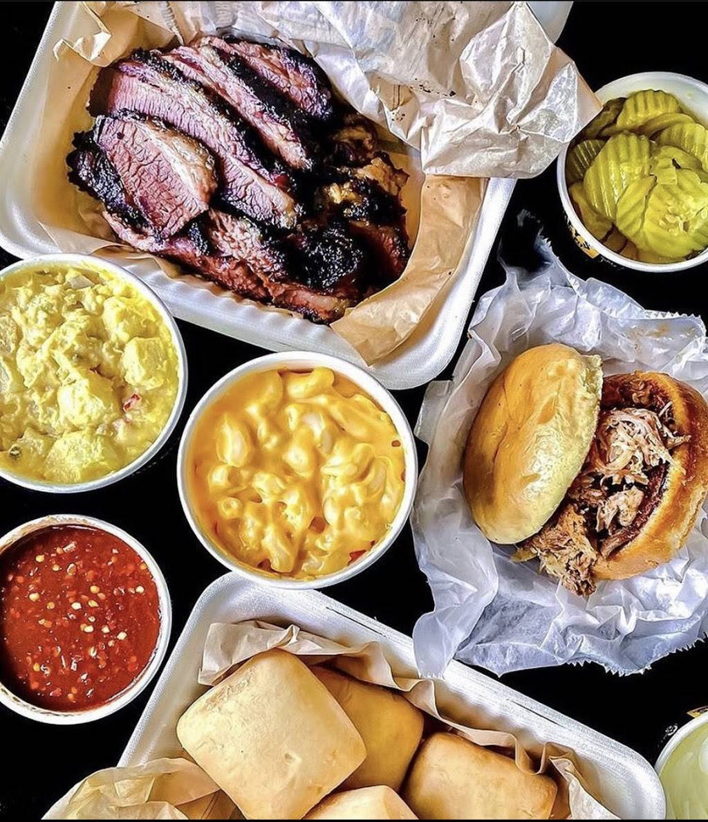 Dickeys Barbecue Pit | meal delivery | 43 S Stephanie St Suite 100, Henderson, NV 89012, USA | 7024637860 OR +1 702-463-7860