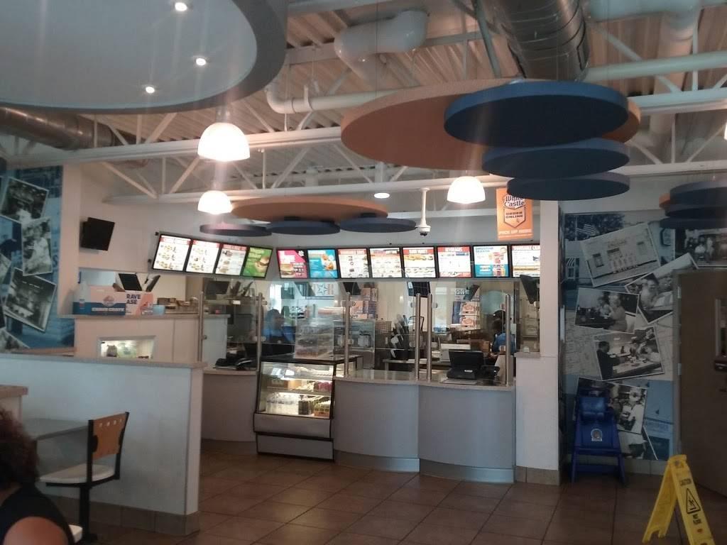 White Castle   restaurant   1677 Bruckner Blvd, Bronx, NY 10472, USA   7188934494 OR +1 718-893-4494