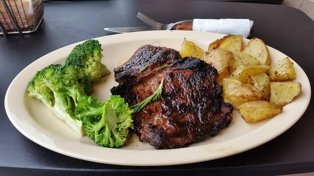 Yummy Burgers & BBQ | restaurant | 118 E Main St #106, Richardson, TX 75081, USA | 2145569262 OR +1 214-556-9262