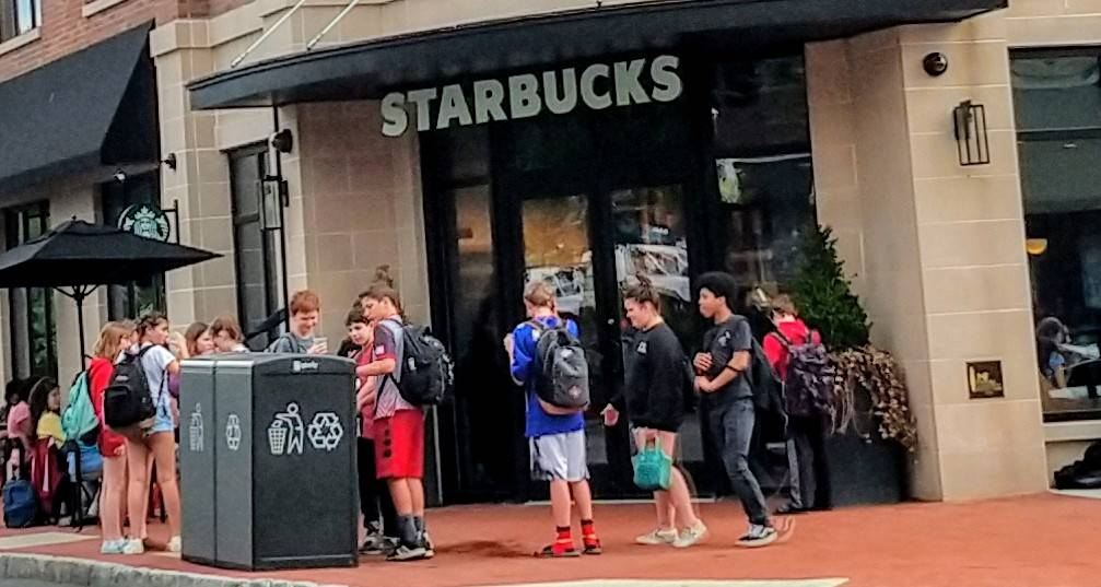 Starbucks Coffee | cafe | 160 Maplewood Ave, Maplewood, NJ 07040, USA | 8622419069 OR +1 862-241-9069
