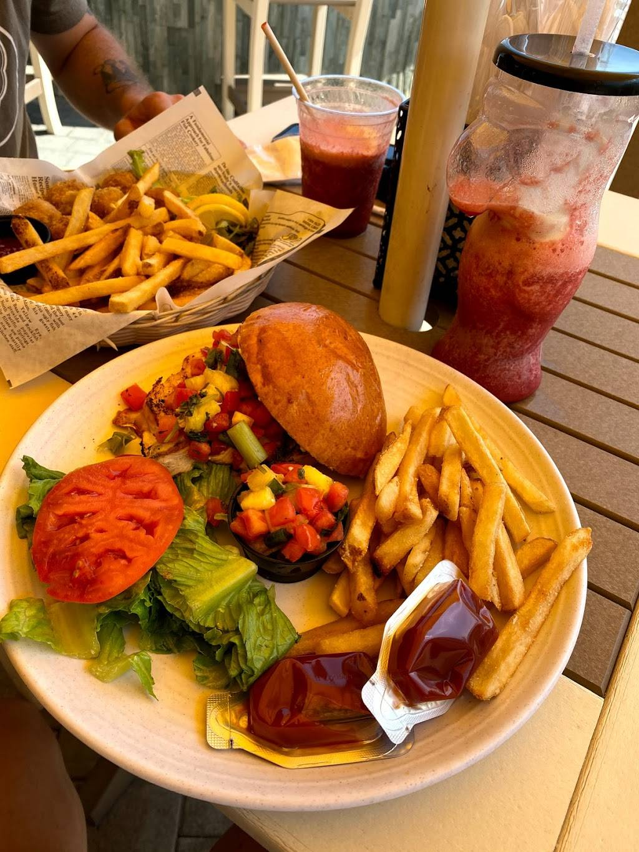 Kiwis Tiki Hut | restaurant | 101 N Boardwalk, Rehoboth Beach, DE 19971, USA | 3025672855 OR +1 302-567-2855