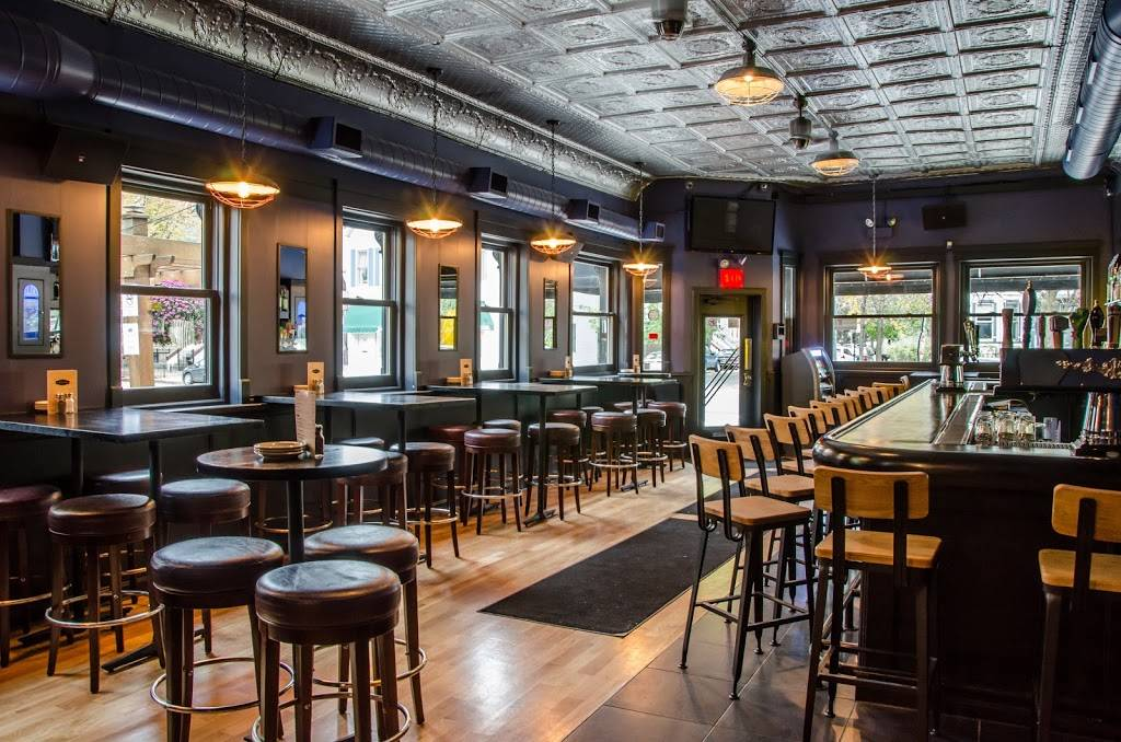 Schoolyard Tavern & Grill | restaurant | 3258 N Southport Ave, Chicago, IL 60657, USA | 7735288226 OR +1 773-528-8226