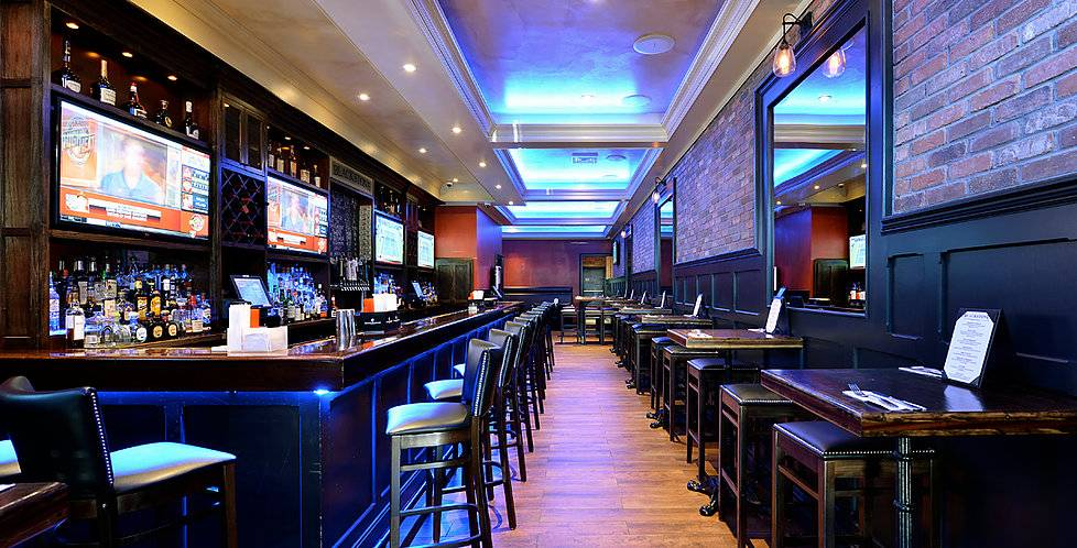 Blackstone Bar & Grill | restaurant | 3713 Riverdale Ave, Bronx, NY 10463, USA | 3473466004 OR +1 347-346-6004