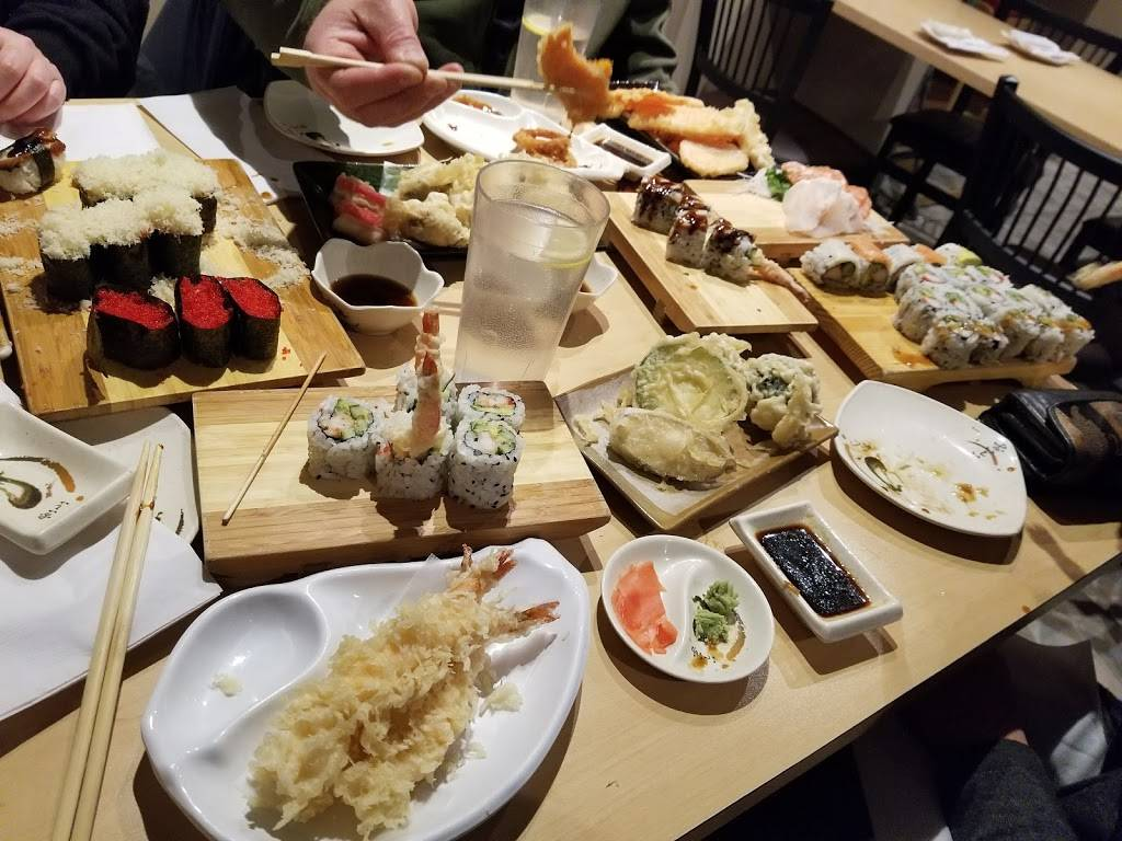 Samura Japanese Restaurant | restaurant | 281 Woodlawn Rd W, Guelph, ON N1H 7K7, Canada | 5197800910 OR +1 519-780-0910