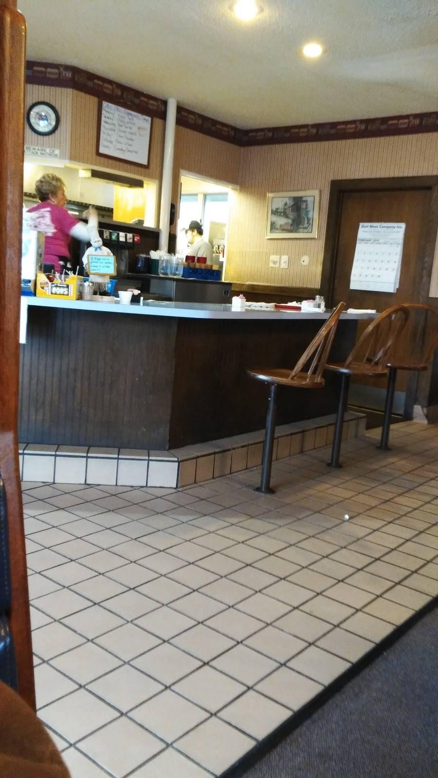 Choo Choos | restaurant | 424 Emily St, Flushing, MI 48433, USA | 8106595103 OR +1 810-659-5103