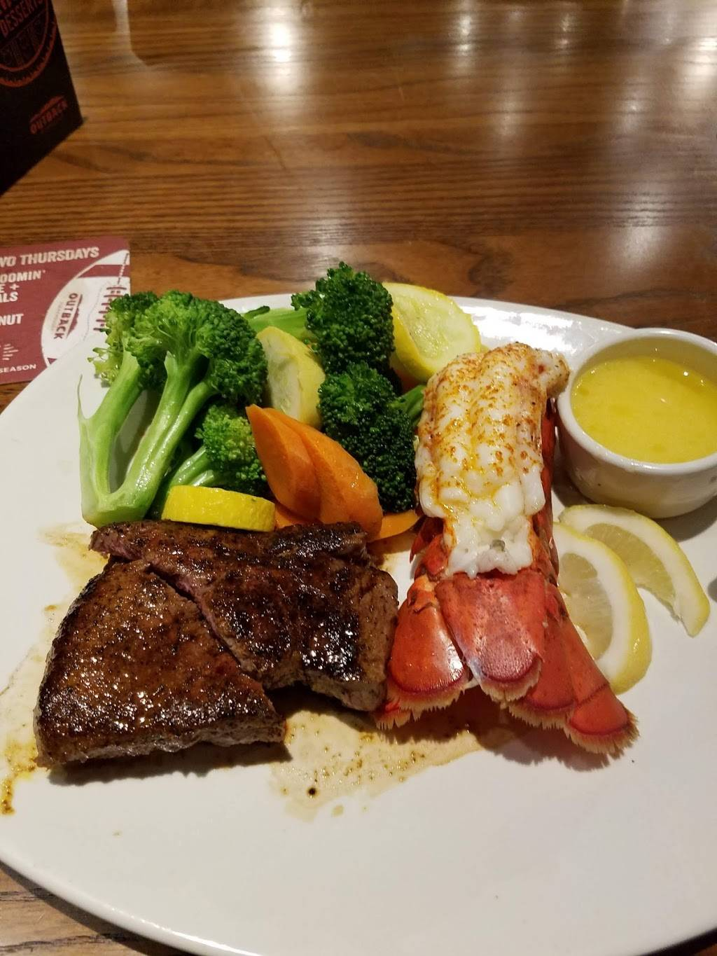 Outback Steakhouse | restaurant | 617 N Canal Rd, Lansing, MI 48917, USA | 5176225346 OR +1 517-622-5346