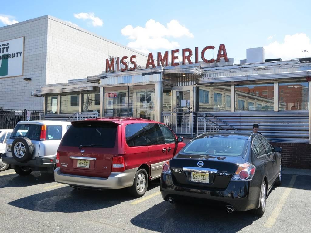 Miss America Diner   restaurant   322 West Side Ave, Jersey City, NJ 07305, USA   2013335468 OR +1 201-333-5468