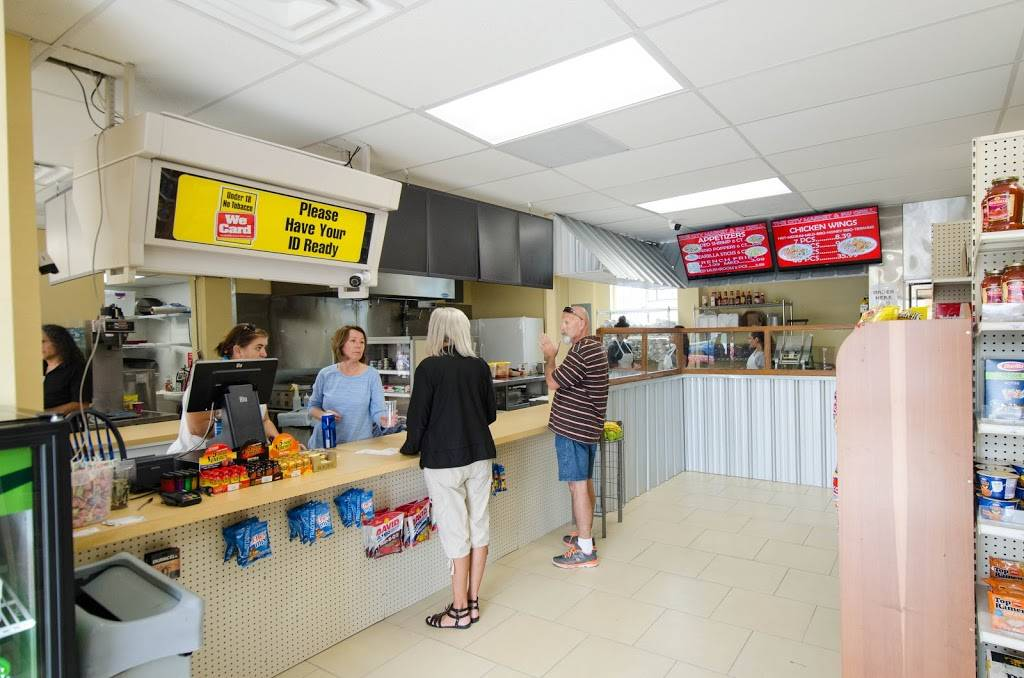 City Market & Southwest Grill   restaurant   5731 Main St, New Port Richey, FL 34652, USA   7276661276 OR +1 727-666-1276