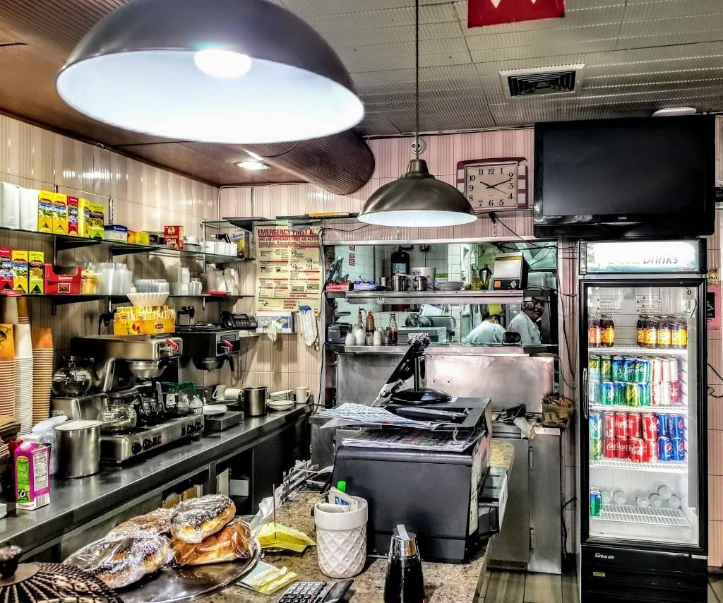 Rego Park Cafe | cafe | 9414 63rd Dr, Flushing, NY 11374, USA | 7184592233 OR +1 718-459-2233