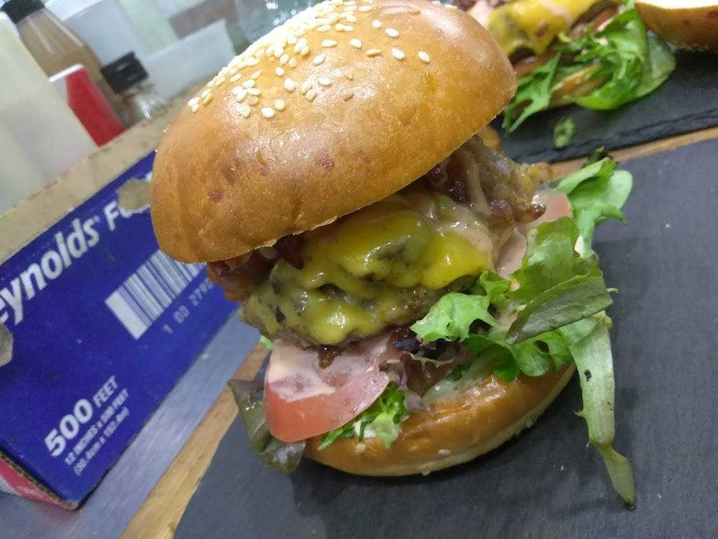 Jordan Snack Bar & Burger   meal takeaway   4419A Broadway, New York, NY 10040, USA   6466785139 OR +1 646-678-5139