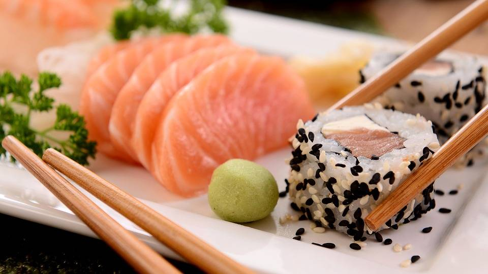 Crazy Sushi Asian Bistro   restaurant   3903 Fair Ridge Dr Unit I, Fairfax, VA 22033, USA   5714077052 OR +1 571-407-7052