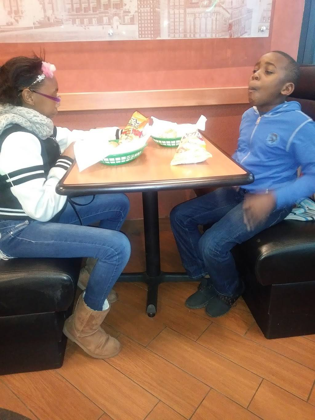 Subway Restaurants | restaurant | 643 W Lincoln Hwy, Chicago Heights, IL 60411, USA | 7083002312 OR +1 708-300-2312